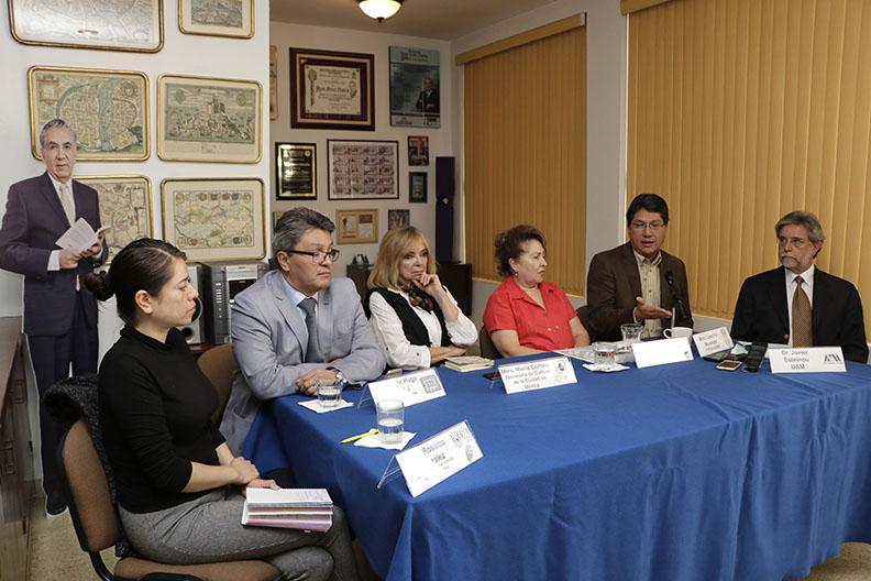MX TV CONFERENCIA PREMIO DE PERIODISMO_06.jpg